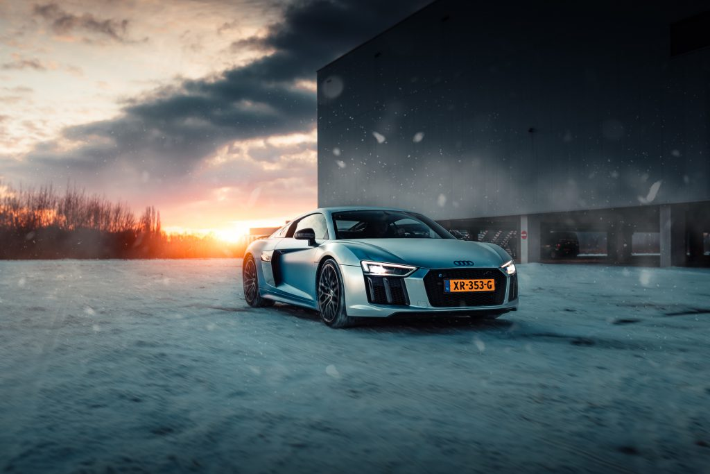 Audi R8 V10 plus chromeflow satin chrome fading to blue, wrapped by TEAM XCW